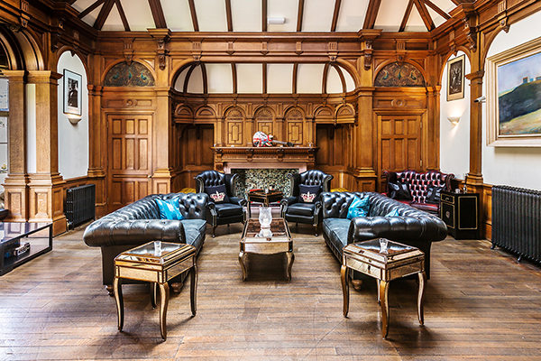 Arle Court House - Lounge