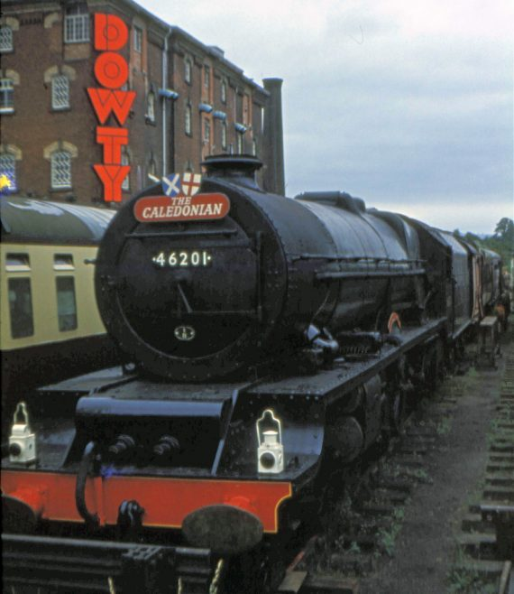 Princess Elizabeth with LMS #46201 The Caledonian