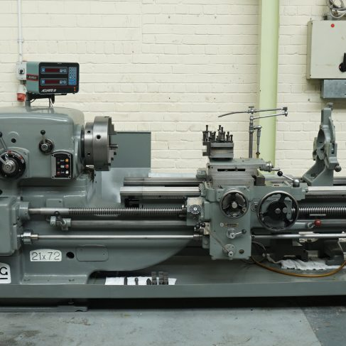 Dean Smith & Grace Centre Lathe