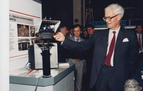 Douglas Hurd MP - Viewing the Megabeam