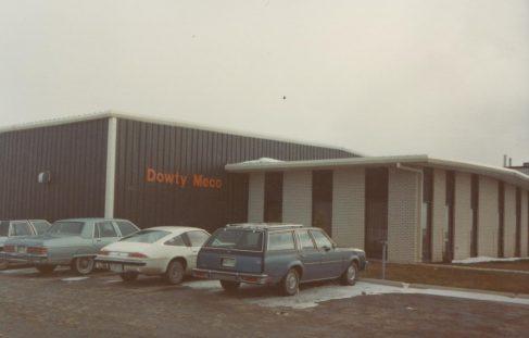 Dowty Meco - Canada
