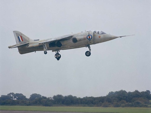 Hawker P.1127 - the experimental and development aircraft that led to the Hawker Siddeley Harrier