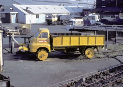 Truck used for shunting and testing Dowty Hydraulic Buffers | Photo from Derek Round collection
