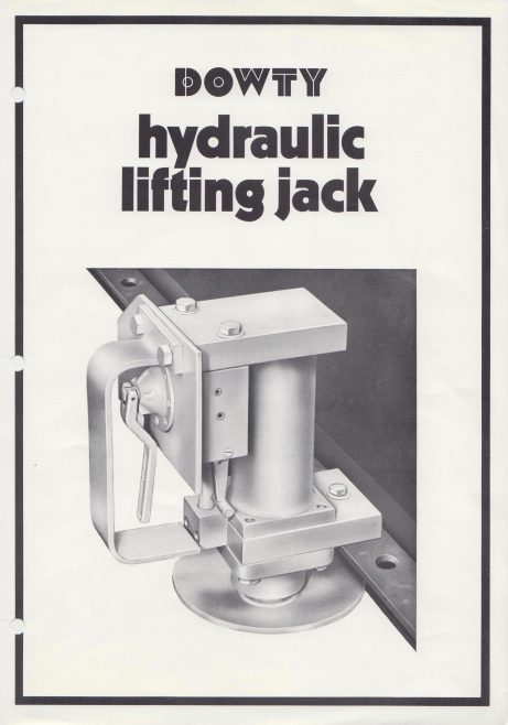 Hydraulic Lifting Jack | Original photo in the Dowty archive at the Gloucestershire Heritage Hub