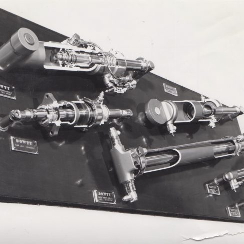 Hydraulic Aircraft Jacks | Original photo in the Dowty archive at the Gloucestershire Heritage Hub