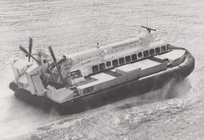 Hovercraft SRN 6 | Original photo in the Dowty archive at the Gloucestershire Heritage Hub