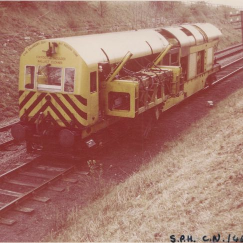 Railway Six-foot and Shoulder Ballast Cleaner Locomotive with Dowmatic drive system | Original photo in the Dowty archive at the Gloucestershire Heritage Hub