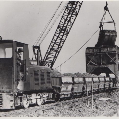 Ruston Hornsby Quarry locomotive with Dowmatic Drive system | Original photo in the Dowty archive at the Gloucestershire Heritage Hub