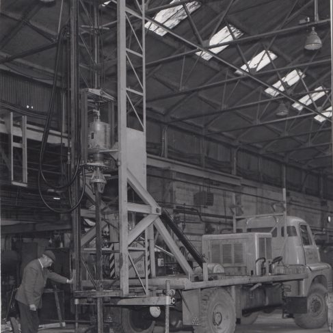Dowmax drive systems on auger equipment | Original photo in the Dowty archive at the Gloucestershire Heritage Hub