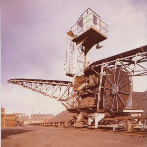 Dowmax drive systems on quarry conveyor equipment | Original photo in the Dowty archive at the Gloucestershire Heritage Hub