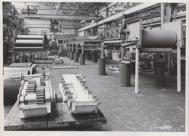 Assembly Shop | Original photo in the Dowty archive at the Gloucestershire Heritage Hub