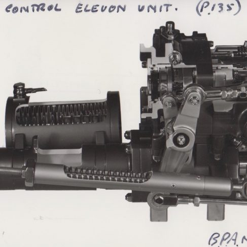 Vulcan Pitch Control Aileron Control Unit | Original photo in the Dowty archive at the Gloucestershire Heritage Hub