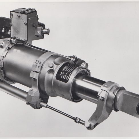 MRCA Actuator - hydraulic actuator for Panavia 200 (Tornado) | Original photo in the Dowty archive at the Gloucestershire Heritage Hub