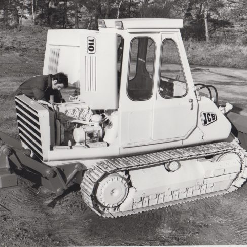 JCB 110 crawler (1974)with Dowmatic Drive System | Original photo in the Dowty archive at the Gloucestershire Heritage Hub