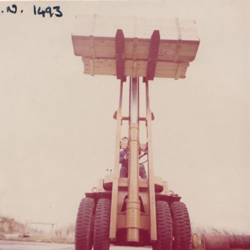 Fork Lift Truck with Dowmatic Drive System | Original photo in the Dowty archive at the Gloucestershire Heritage Hub