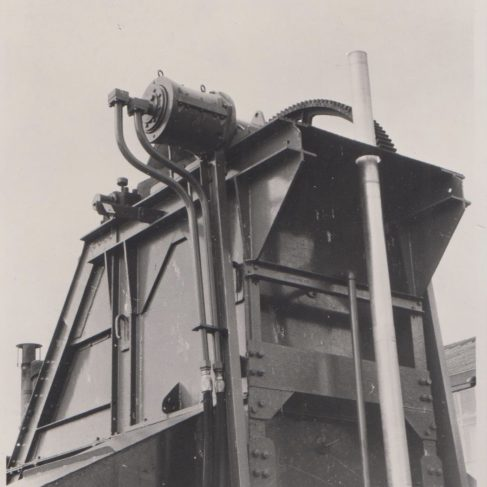 Feeder Hopper with Dowmatic Drive Systems | Original photo in the Dowty archive at the Gloucestershire Heritage Hub
