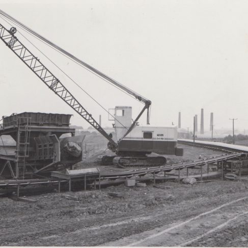 Feeder Hopper and Conveyor with Dowmatic Drive Systems - Redland Brick Co. | Original photo in the Dowty archive at the Gloucestershire Heritage Hub