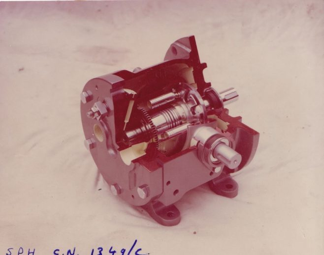 Dowty Meco - Transfer Drive Gearbox | Original photo in the Dowty archive at the Gloucestershire Heritage Hub